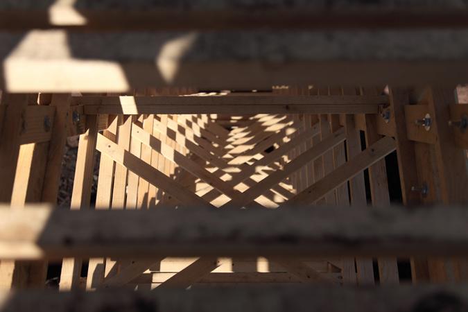 http://borisraux.com/files/gimgs/102_100photo-la-revolution-lignivore-zoom-lum-interne-escalier.jpg