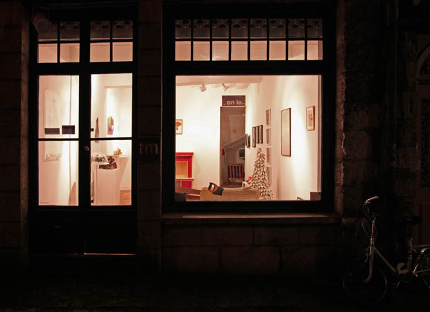 http://borisraux.com/files/gimgs/9_mam-gal-rue.jpg